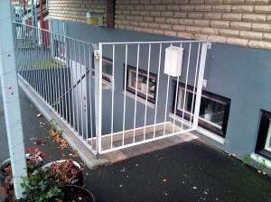 AVSLUTAD, Grind till källartrapp i HEMKÖPS fastigheten