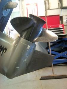 AVSLUTAD, motor rigg och propeller skada