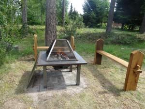 AVSLUTAD, Julklappsdragning 2012. Designad grill/värme/eld bord av undertecknad