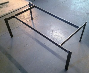 AVSLUTAD, Soffbord med glas skiva, modell egen kollektion