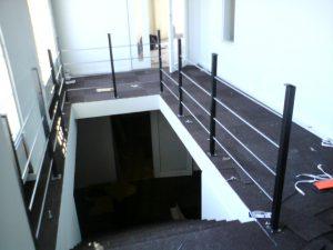 AVSLUTAD. Trappa, trappräcke i smide  till HiFi butik.